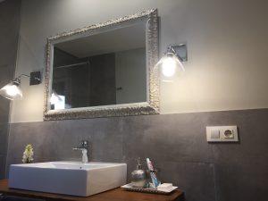 Espejo marco de estilo decapado en plata